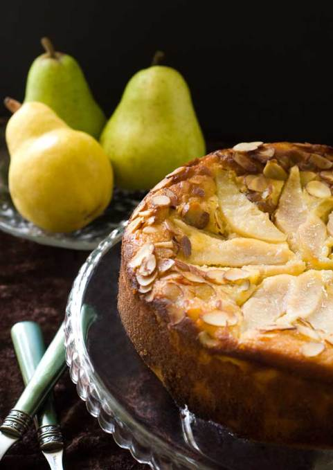 gluten-free-pear-almond-cake