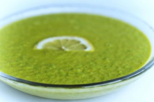 Суп-пюре быстрый из зелёного горошка