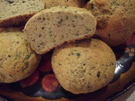 . Бездрожжевые булочки или хлеб без злаков, крахмала и сахара