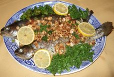 trout_with_haselnuts