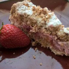 Raspberry Meringue cake1_o